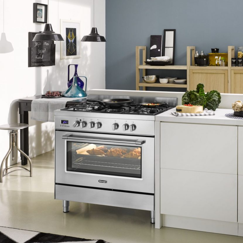 9 830x830 - 5 Reasons Top Chefs Prefer Gas Cooktops