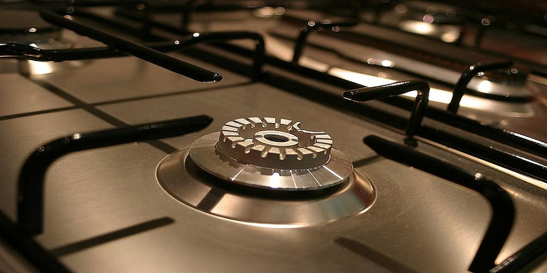 Gas Stove - Why You Should Choose a Gas Stove and With an Electric Oven
